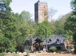 chambre hote luchon a la tour de castel vielh luchon avec vue à luchon