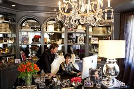 The Lavish Decor Is Everywhere In House From Kris Jenners Office To Dining Room With Statement Murano Glass Chandeliers Powder A