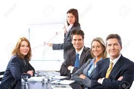 equipe bureau équipe de personnes affaires souriant au bureau banque d images et