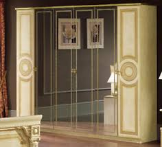 details zu schlafzimmer kleiderschrank beige gold hochglanz mäander dekor stil klassisch