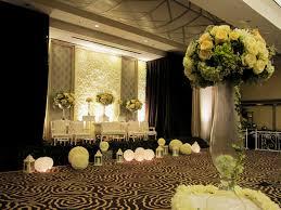 Decor Wedding Peach Modern Mawarprada Dekorasi Pernikahan Pelaminan