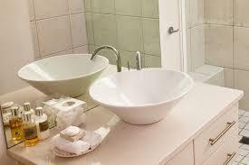 badezimmer separat für flüchtlinge tages anzeiger