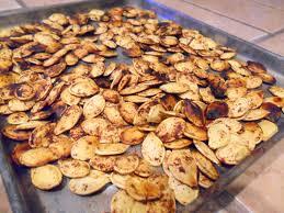 Roasting Pumpkin Seeds In The Oven Cinnamon by Sweet And Salty Roasted Pumpkin Seeds U2013 Hungry Gator Gal