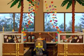 Cubicle Decoration Themes For Competition by Company Had A Cubicle Decorating Contest At Work The Office