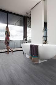 suelo vinílico click baños gerflor senso clic premium