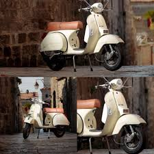 In The Eighties LML Formerly Lohia Machines Limited Produced Various PX Models Under A Piaggio Licence Such As Vespa PX100 E VIX1T XE