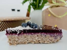 der perfekte kuchen zum ersten geburtstag vegan