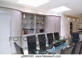 glastisch und gepolstert schwarz stühle in modernes
