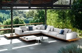 canapé teck jardin le salon de jardin en teck est l aménagement joli et durable pour