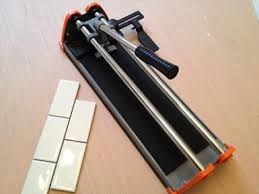 Kobalt Tile Cutter You Tube by 25 Unique Tile Cutter Ideas On Pinterest Kitchen Without Tiles