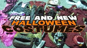 Halloween City Slc Utah by Dumpster Diving At Halloween Stores Youtube