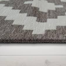 moderner wohnzimmer kurzflor teppich skandi design rauten muster in grau weiß