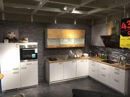 küche artego l form küche mit e geräten 247x247x60 cm kühlschrank und herdkombination 120 cm lack weiss eiche nachbildung xxxlutz