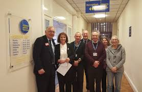 local bureau sir bottomley mp visits citizens advice worthing to discuss