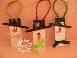 My Dog Chewed Through The Wood Blinds And I Made Snowmen Out Of Scraps Christmas CraftsSnowman