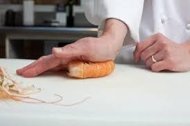 cuisine pocher comment pocher des langoustines technique de cuisine