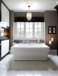 Mini Chandelier Over Bathtub by 41 Bespoke Bathrooms With Glittering Chandeliers