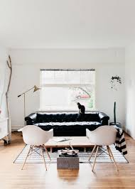 Black Leather Couch Living Room Ideas by Best 25 Black Leather Couches Ideas On Pinterest Living Room
