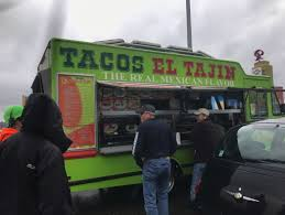 Food Truck Sells Tacos To Drivers Stranded On I-5 | KBAK Bite Of Oregon 2017 Pechlucks Food Adventures Park With Truck Stock Photos Seattle Company Plans To Unleash A Fleet Marijuana Trucks Westlake Gets Pod Eater Malaysian Goes Mobile In America Malaysia Tatler Pacific University On Twitter Trucks Still Serving Fiseattle Maximus Minimus Food Truck 03jpg Wikimedia Commons 5 Cheap Eats You Cant Miss In For Two Please Seattles 10 Essential Sunny Up A Is Praising The Virtues Alaska Pollock