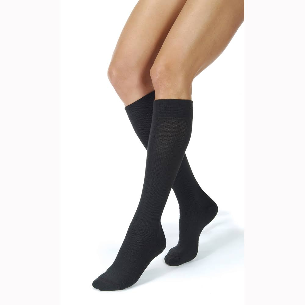 BI110494 - Bsn Jobst JOBST ActiveWear Knee-High Firm Compression Socks - Medium, Cool Black