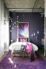 75 kleine schlafzimmer mit lila wandfarbe ideen bilder