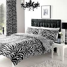 chambre zebre et parure de lit réversible avec housse de couette imprimé zèbre