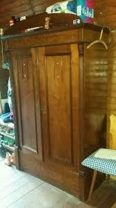schrank kleiderschrank antik holzschrank schlafzimmer