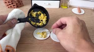 faire une cuisine cuisiner dans cuisine miniature pour faire un vrai repas vidéo