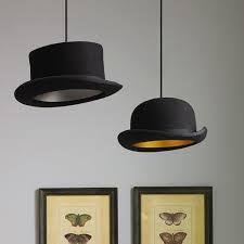 Ia Tidak Mengambil Ahli Silap Mata Untuk Mencipta Semula Lampu Siling Yang Menyeronokkan Dan Menarik Ini Cukup Pilih Topi Lama Atau Bowler Dari Kedai