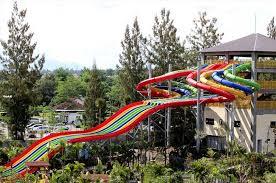 Jogja Bay Waterpark Memo Racer