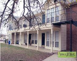 100 Cornerstone Apartments San Marcos Tx Vance J Elliott Realty Group