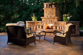 Outdoor Living By Belgard - Ideas, Tips & How-To's For Outdoor ... Backyard Fireplace Plans Design Decorating Gallery In Home Ideas With Pools And Bbq Bar Fire Pit Table Backyard Designs Outdoor Sizzling Style How To Decorate A Stylish Outdoor Hangout With The Perfect Place For A Portable Fire Pit Exterior Appealing Stone Designs Landscape Patio Crafts Pits Best Project Page Of Pinterest Appliances Cozy Kitchen Beautiful Pits Design Awesome Simple Diy Fireplaces To Pvblikcom Decor