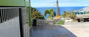 100 Wallhouse 3 Bedrooms 25 Baths House For Rent In Dominica