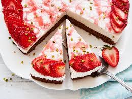 erdbeer panna cotta torte rezept