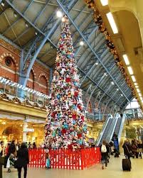 Tree Train Station Beautiful Christmas Iphone Wallpaper