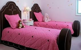 Hello Kitty Bed Set Twin by Cute And Nice Looking Twin Girls Room Decorating Ideas Bedroom
