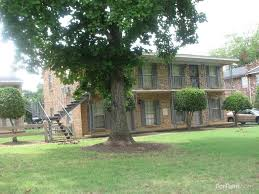 2 Bedroom Houses For Rent In Memphis Tn by The Posts Apartments Memphis Tn Walk Score