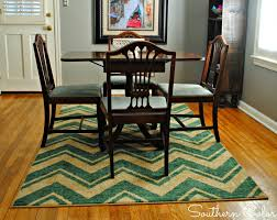 What Size Rug Under Dining Room Table