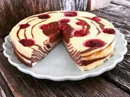 einfacher zebra cheesecake low carb mit himbeeren gebacken