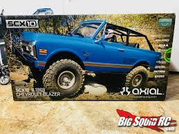 Unboxing- Axial Racing SCX10 II 1969 Chevrolet Blazer « Big Squid RC ...