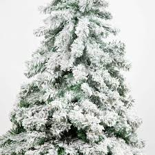 Flocked Artificial Christmas Trees Uk by 5ft Snow Covered Flocked Downswept Artificial Christmas Tree
