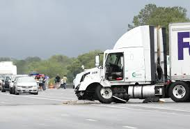 100 Fedex Truck Wreck I75 Tangles Area Traffic After FedExtruck Crash
