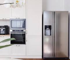 ein freistehender kühlschrank für deine wohnung wohnklamotte