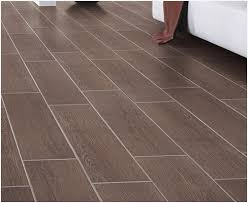 tile planks that look like wood 盪 charming light wood look tile