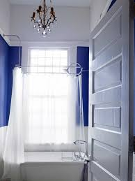 Royal Blue Bathroom Decor by Love The Royal Blue And White Contrast Master Bathroom Pinterest