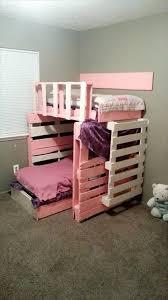 DIY Wooden Pallet Girls Bed