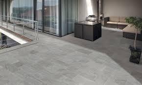 design carrelage salle de bain gris clair 8506 09030435