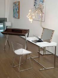 Modern Vanity Table for Classy Look