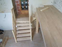 menuiserie gaucher escaliers escalier pin avec palier quart