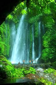air terjun adalah formasi geologi dari arus air yang